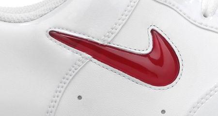 ナイキ エアフォース 1 ロー ジュエル ホワイト・パテント ユニバーシティ・レッド(Nike Air Force 1 Low Jewel White Patent University Red)