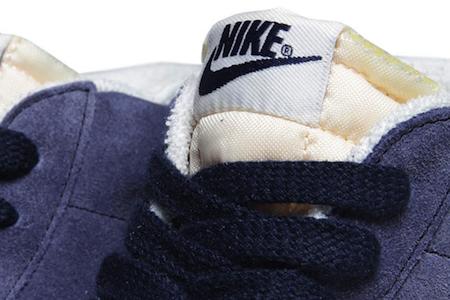 ナイキ・ブレーザー・ミッド スエード・ビンテージ ディープ・ロイヤル(Nike Blazer Mid Suede VNTG Obsidian & Deep Royal Blue)