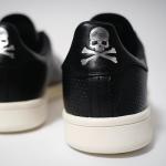 ブラック + シルバーのスタンスミス コラボモデル [mastermind JAPAN x adidas Stan Smith]登場