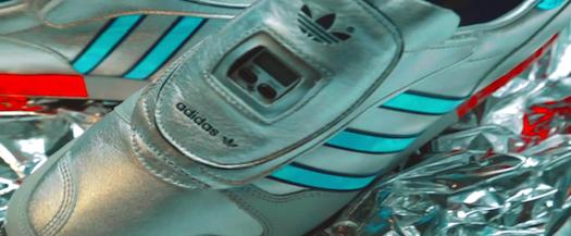 アディダス・オリジナルス・マイクロペーサー OG 30th アニバーサリー(adidas Originals Micropacer OG 30th Anniversary)