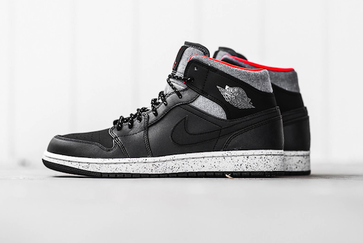 Air Jordan 1 Mid Black/Dark Grey/Infrared 23