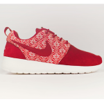 ナイキ・ローシ・ワン・ウィンター x イエティ・セーター(Nike Roshe One Winter x Yeti Sweater)