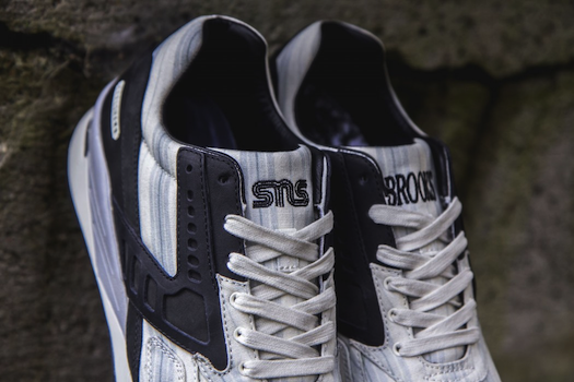 SNS x Brooks Regent American dream