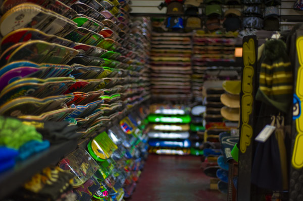 SPoT SKATE SHOP IS SKATEPARK OF TAMPA