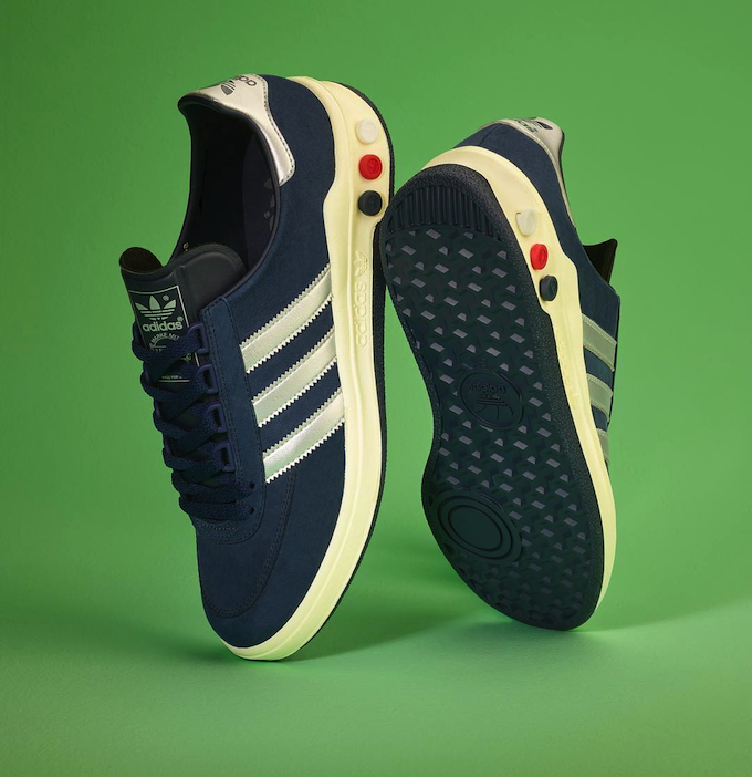 adidas spzl 2018 Find great deals for adidas Superstar J Iridiscent Kids  Trainers White Silver Shoes ... b0e93e652811